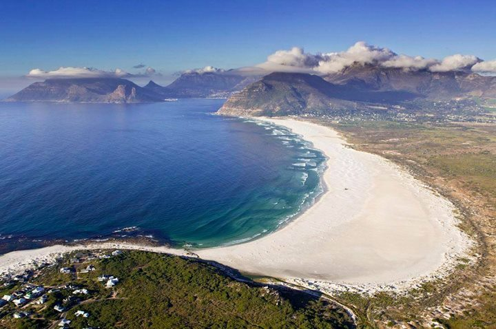 Proximity of Blue Whale Lodge to Noordhoek beach